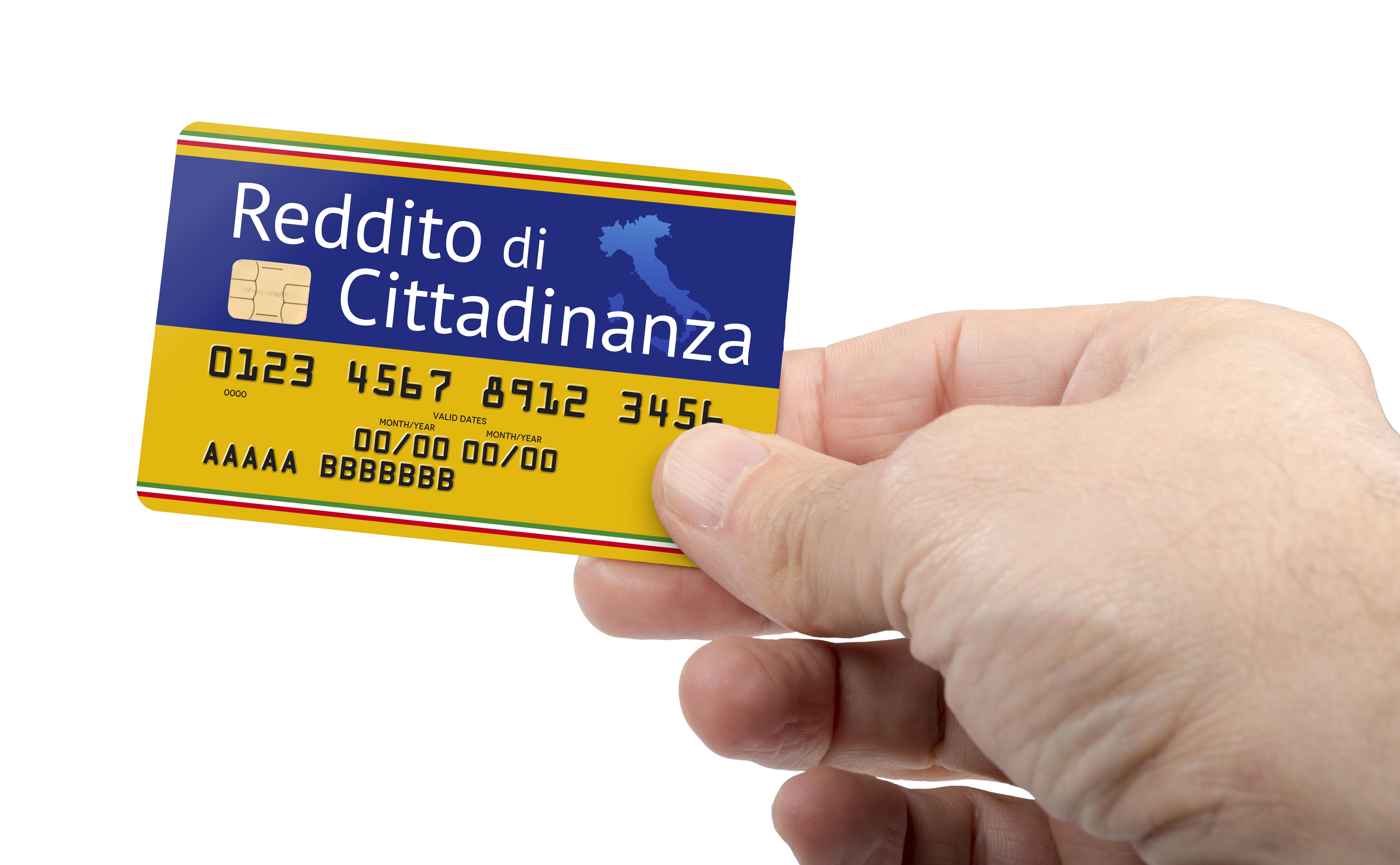 Nuovo Video Corso a cura dell'esperta Antonia De Luca -  Reddito di cittadinanza : requisiti all'accesso e verifiche del nucleo familiare