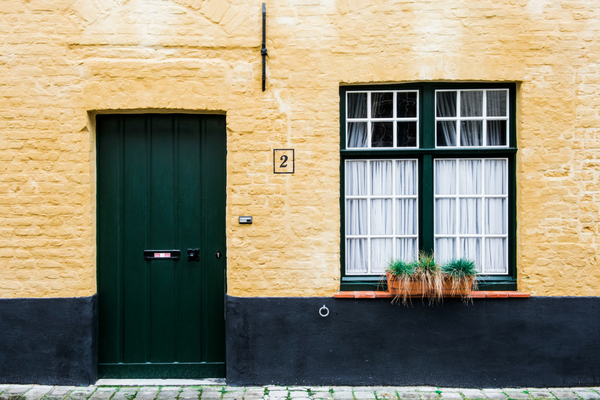 Residenza e domicilio: specificità e rilievi in ambito anagrafico.